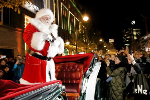 kadewe-berlin-tauentzienstraße-weihnachten-christmas-gallery-opening-frohesfest-santaclaus-weihnachtsmann