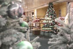 kadewe-berlin-tauentzienstraße-weihnachten-2017-christmas-gallery-opening-frohesfest-weihnachtabum-wichtel